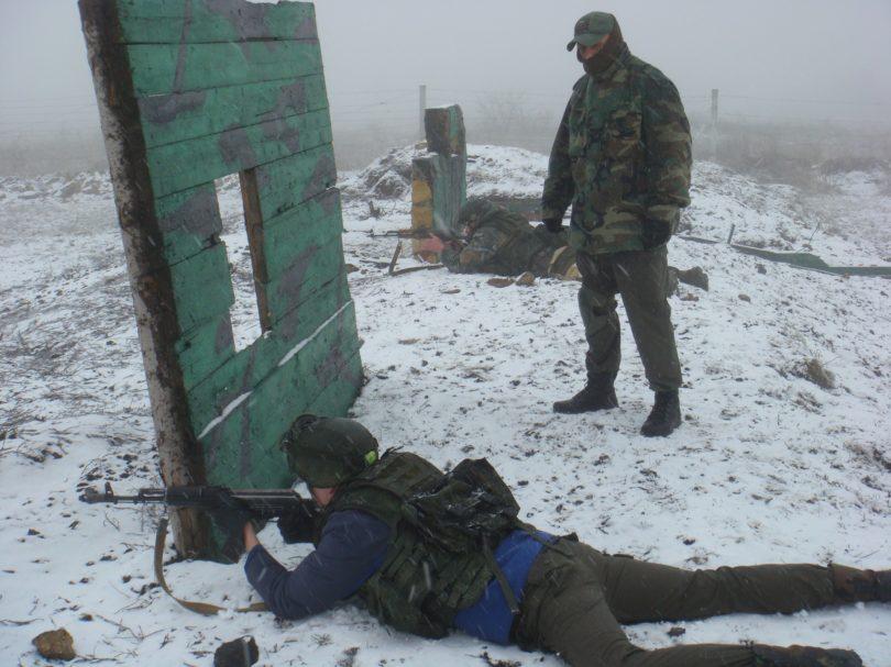 Казаки Ставрополя провели стрельбы на полигоне полка спецназа ГРУ