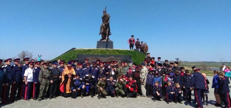 Казаки четырех регионов Юга России почтили память атамана Платова