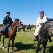 На Ставрополье стартовал конный переход терских казаков