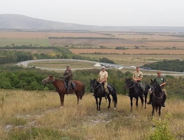 Конный казачий патруль Горячеводска празднует юбилей
