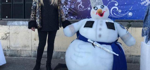 В Ессенуках появился казачий снеговик