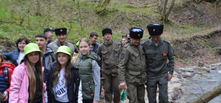 Экологический десант на «тропе Гречишкина»