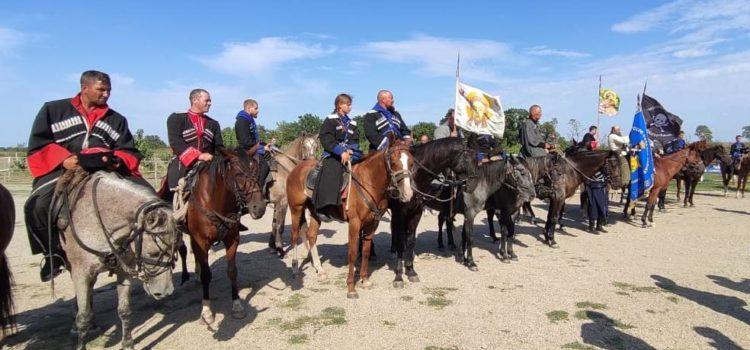 На Ставрополье завершился конный переход Терского казачьего войска
