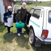 Казаки помогают пожилым людям города Георгиевска