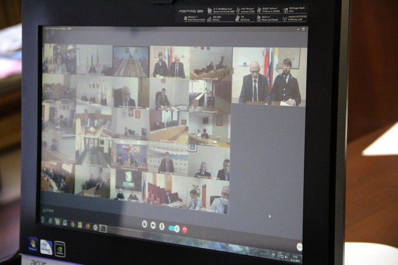 Губернатор Ставрополья поручил наградить отличившихся казаков за вклад в борьбу с пандемией