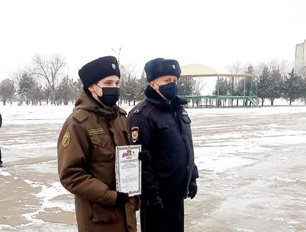 В Нефтекумске двум казакам-дружинникам объявлена благодарность от краевого МВД