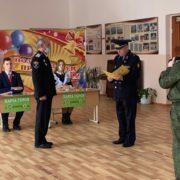 В Изобильном казака отметили благодарственным письмом Губернатора за патриотическое воспитание молодежи