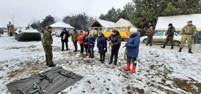 Казачки Ессентукского городского казачьего общества впервые поучаствовали в полевом выходе