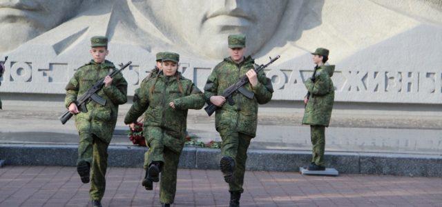 От отца к сыну: казаки передают молодежи традиции служения Отечеству