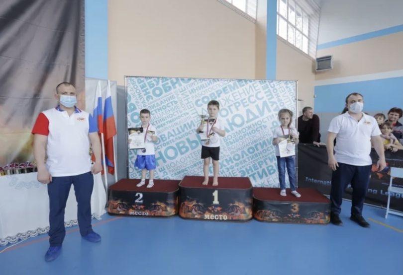 Турнир по смешанным единоборствам посвятили казаку