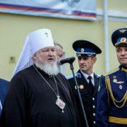 Атаман Терского войскового казачьего общества Виталий Кузнецов посетил торжественную церемонию посвящения в кадеты