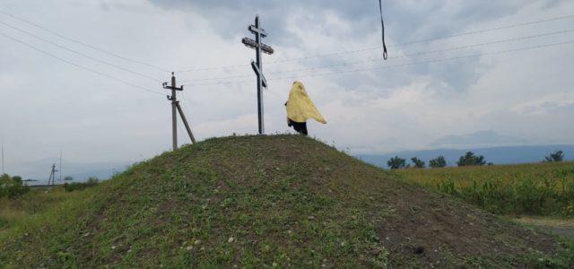 В станице Архонской казаки установили поклонный крест