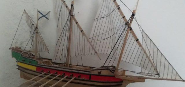 Зеленорощинский умелец: казак создал около 700 уменьшенных копий кораблей и архитектурных сооружений