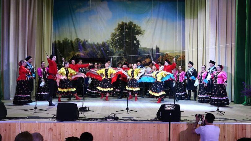 В станице Курской прошёл региональный Фестиваль-конкурс традиционной казачьей культуры «Казачья сторона»