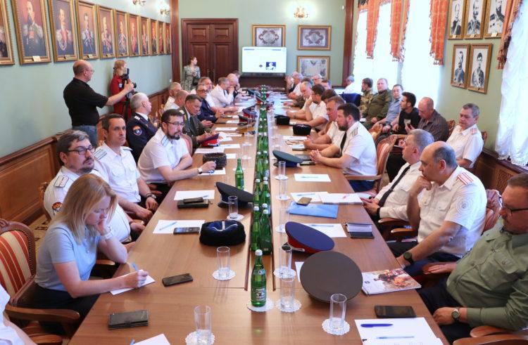 Делегация Терского войска познакомилась с опытом организации системы непрерывного казачьего образования на Кубани