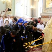 Мощи святого князя Александра Невского в Ставрополе охраняют казаки